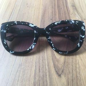 Rare NWT Alice + Olivia Mercer Sunglasses